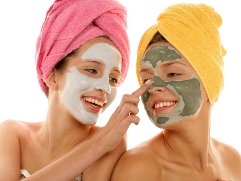 Facial homemade make mask